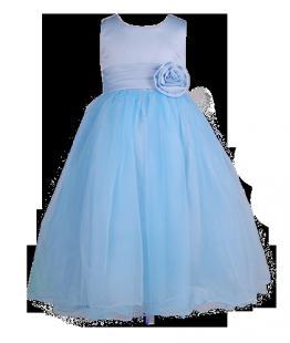 . Пышное нежно-голубое платье для девочки